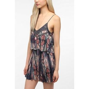 Ecote Double Layer Lace Trim Dress